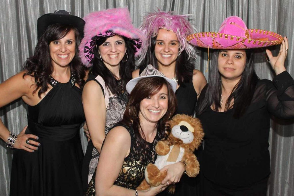 1 1 - Rent a Photo Booth for a Wedding in Toronto, Mississauga, Hamilton & Vaughan