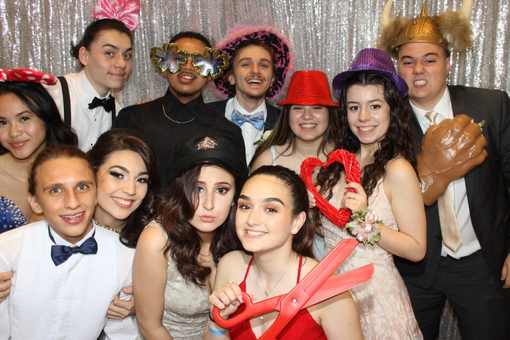 Melany Oliveira's Photo Booth Review